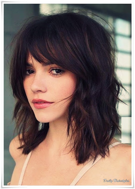 15 Trendy Medium Short Hairstyles 2019 Female Daily Hairstyles Ideas Tips And Tricks