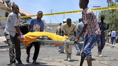 At least 7 dead, including school children, in Mogadishu car bomb explosion (Video)