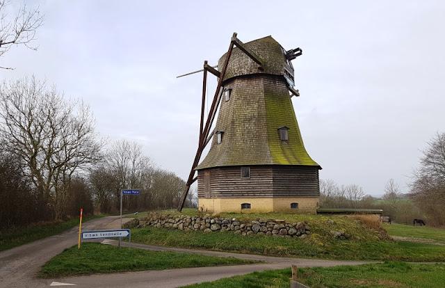 6 spannende Highlights im Süden von Als. Bei Vibaek steht auch eine Windmühle, eine weitere Attraktion.
