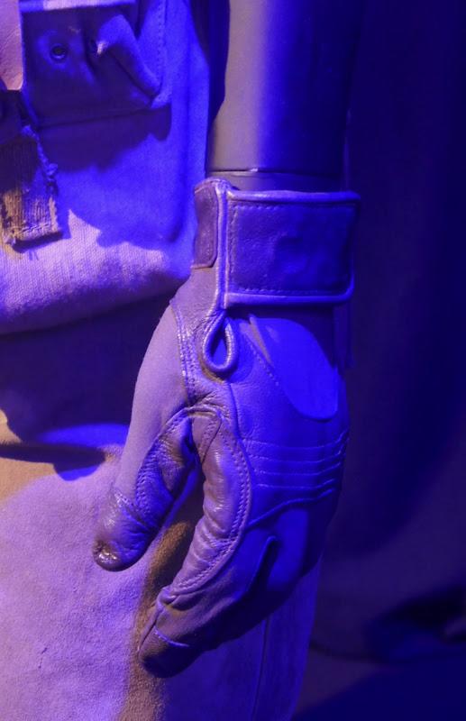 Poe Dameron glove Star Wars Rise of Skywalker