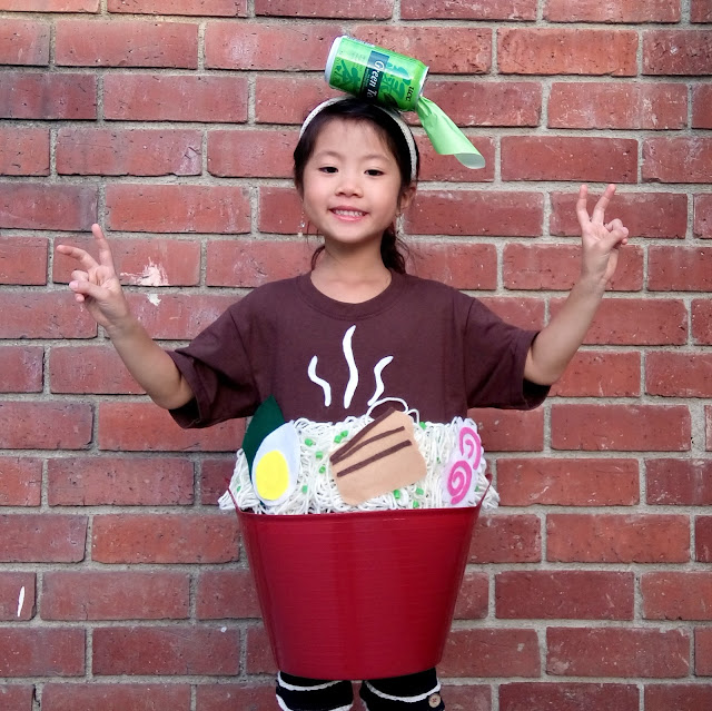 easy diy ramen noodle costume for halloween