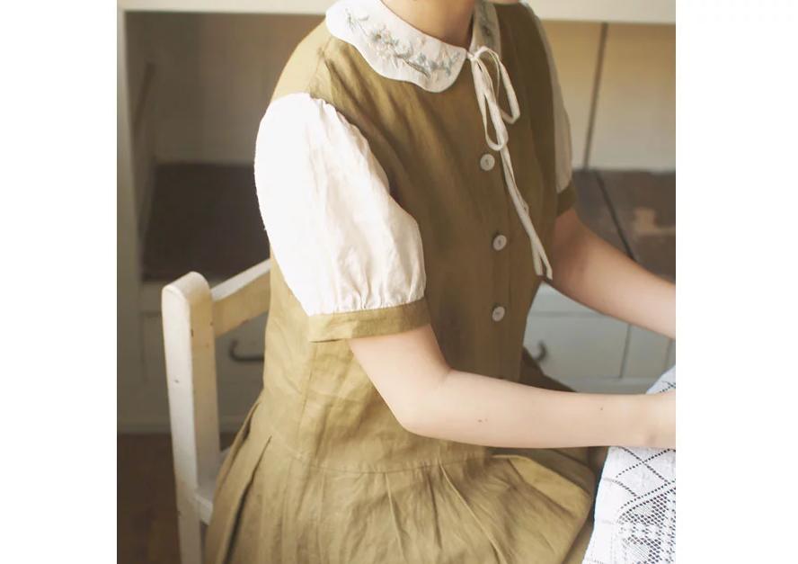 Mẫu thêu cổ áo đẹp - Hình 4
