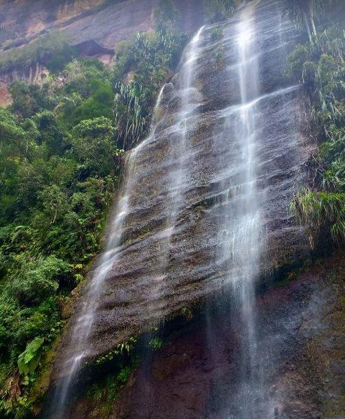 4. Air Terjun Lembah Harau