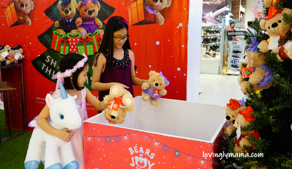 SM City Bacolod - SM Bears of Joy 2019 - Bacolod mommy blogger - Bacolod blogger - toys - teddy bear - Christmas decor - Christmas tree trimming- Christmas charity - giving and sharing - teaching kids