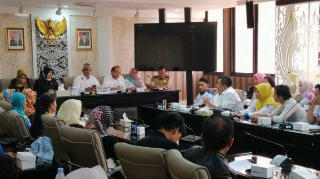 Uang Pesangon Tak Dibayar, Buruh Mengadu ke DPRD Jabar