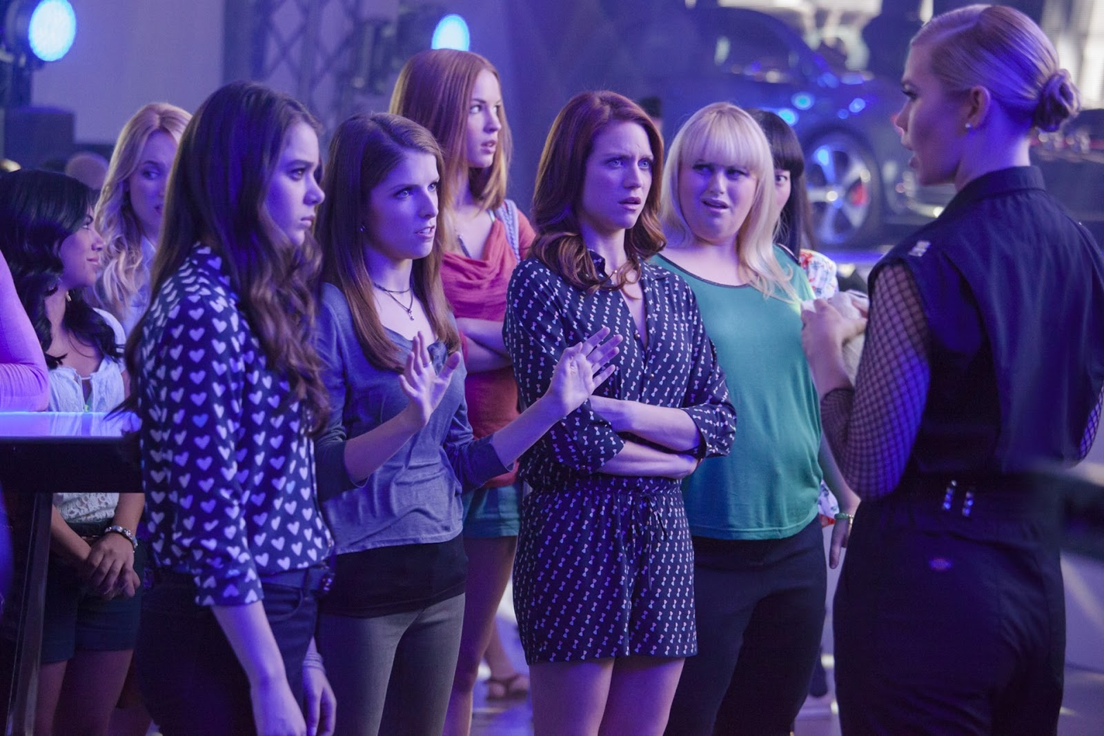 Pitch Perfect 2 2015 Sequel Continues Random Sing Offs And Friendship Hilarity Finding Wonderland