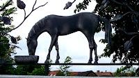 smeedijzeren paard, wrought iron horse, Cheval fer fogé, Pferd schmiedeesen