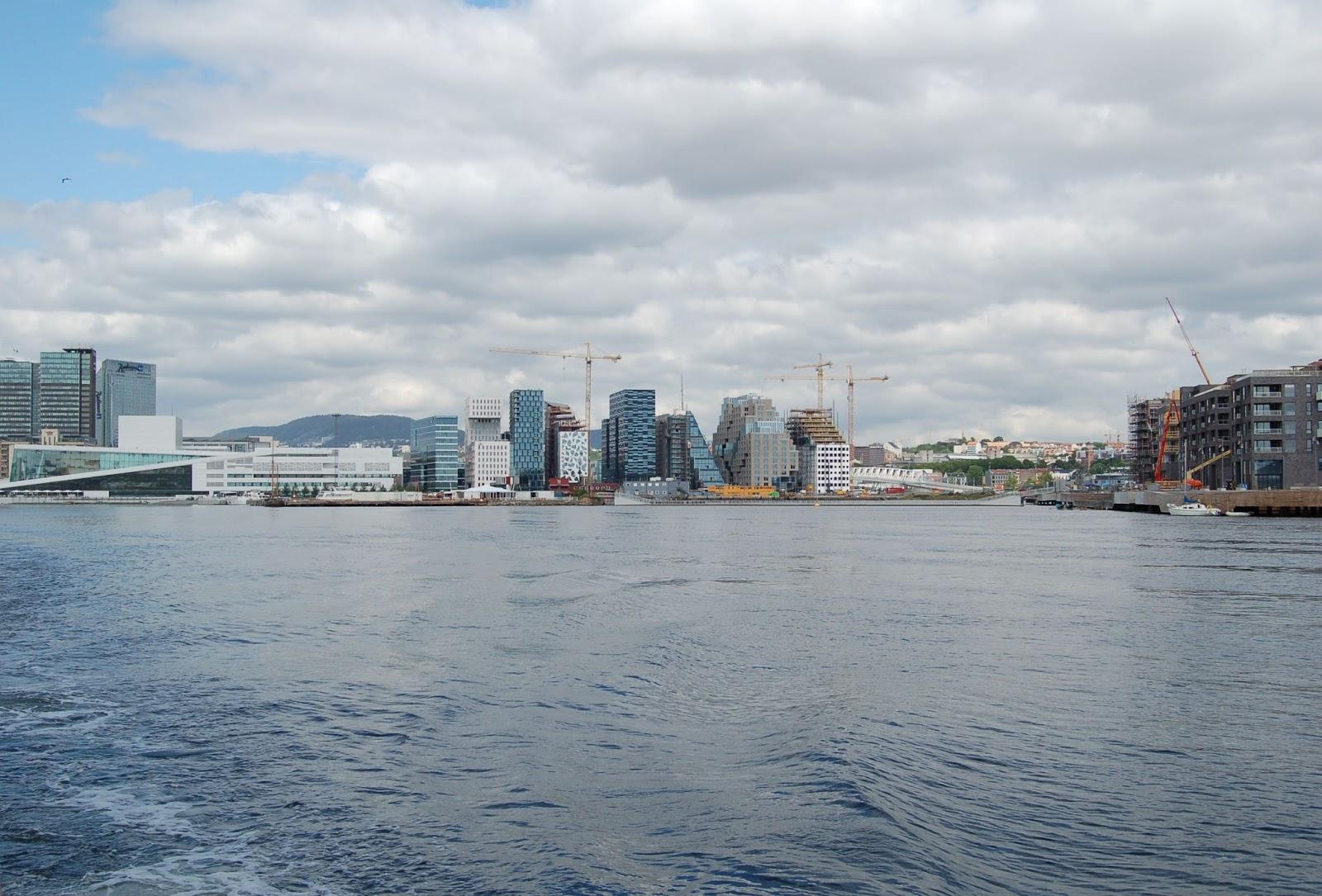 opera w Oslo, Norwegia, widok z wody