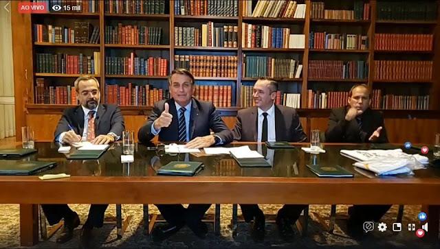 Bolsonaro anuncia aumento de 12,84% para professores da educação básica