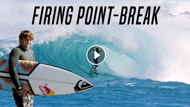 SURFING A MASSIVE SWELL AT HONOLUA BAY LEONARDO FIORAVANTI