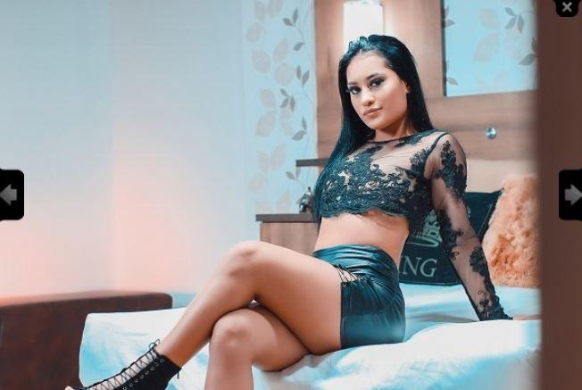 https://pvt.sexy/models/hh3w-valeria-ferrer/?click_hash=85d139ede911451.25793884&type=member