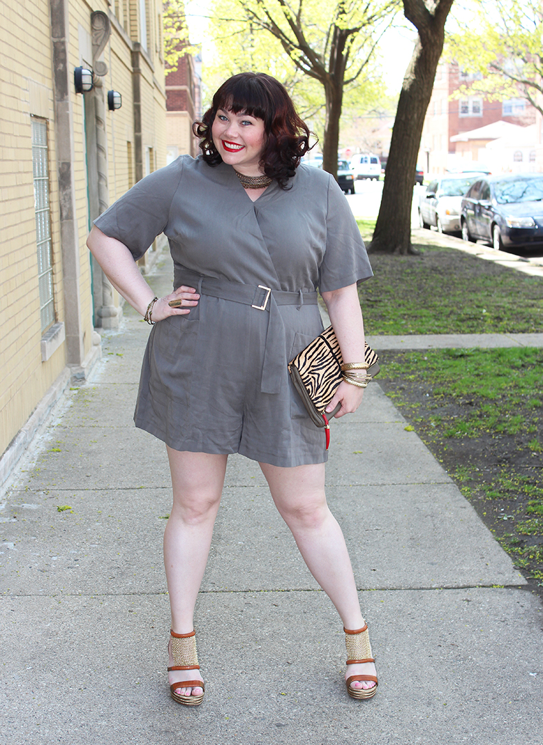 Plus Size Blogger Amber from Style Plus Curves wears a plus size romper from Simply Be