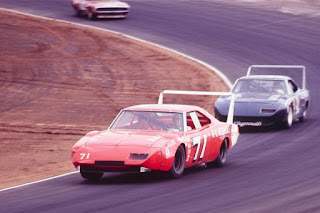 1970 Superbird and 1969 Charger Daytona In The 1970 Nascar 06