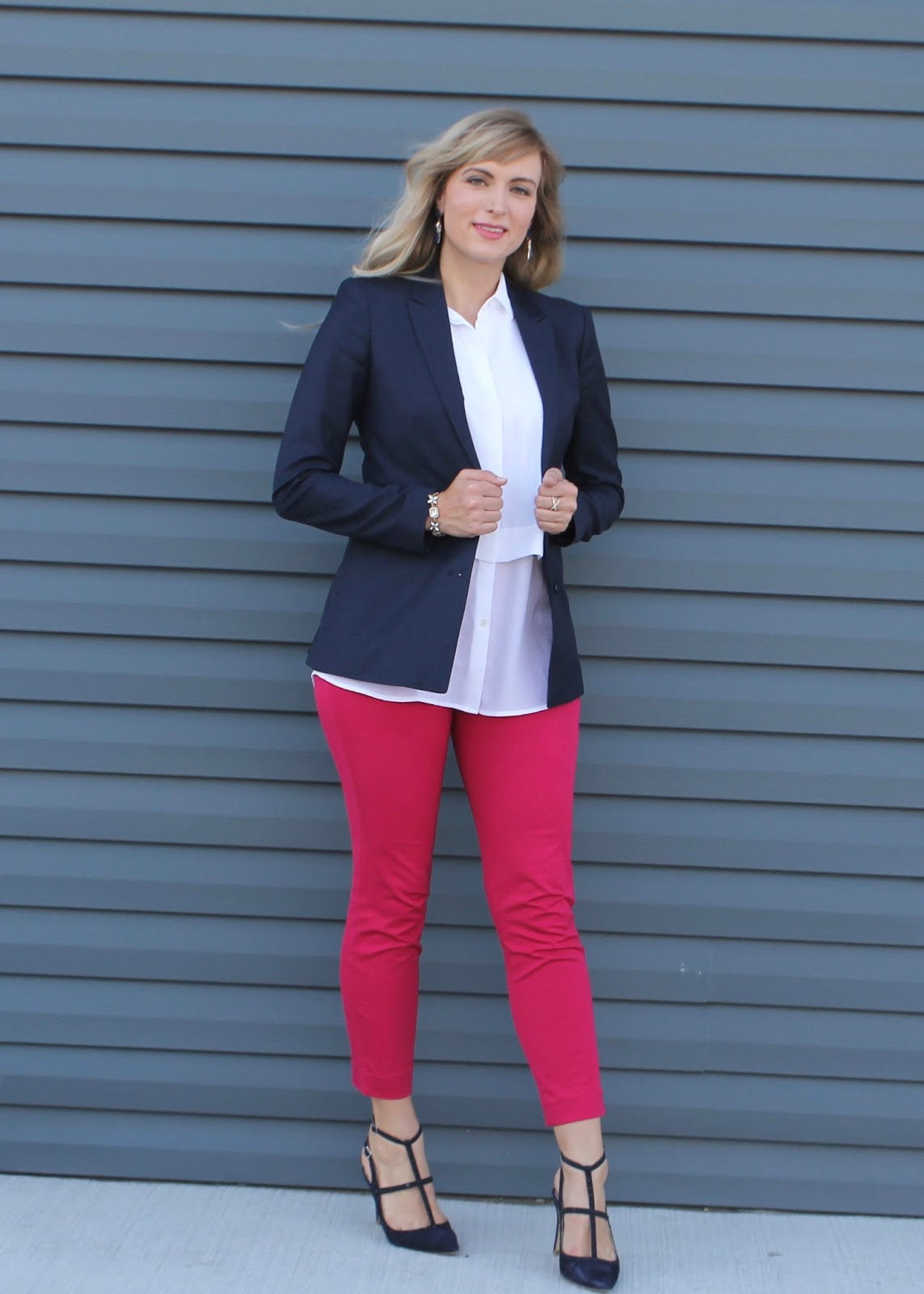 what to wear with pink pants