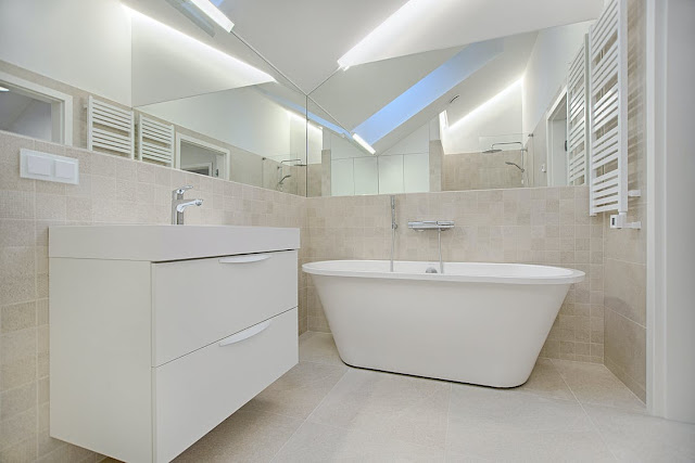 Why Professional Bathroom Rebuilding is Better Than DIY?