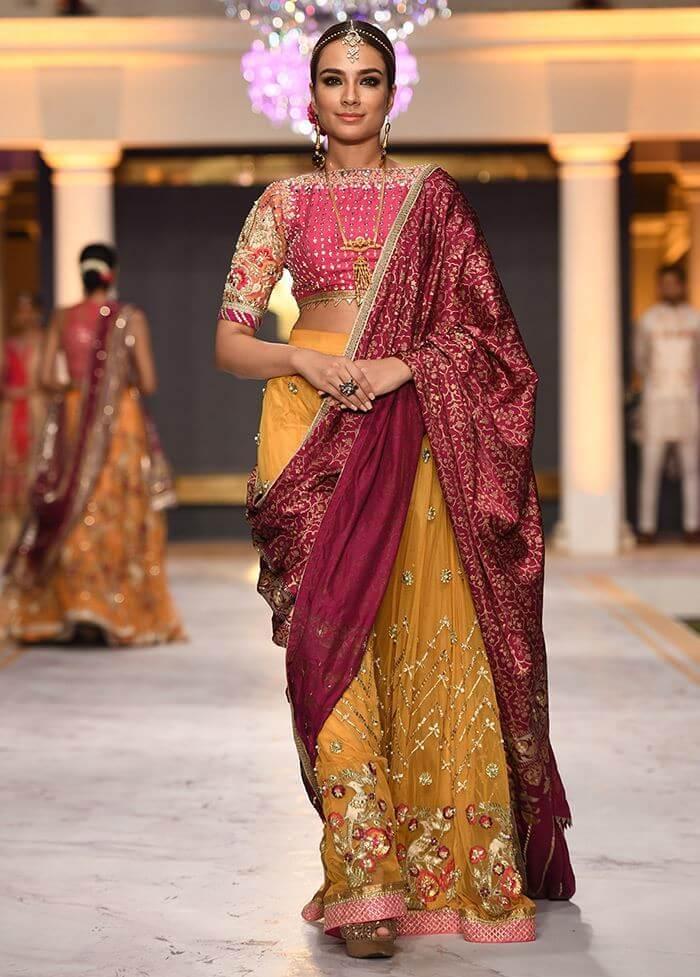 Deepak Perwani Bridal Collection Traditional Gold Pakistani Barat & Walima Dresses