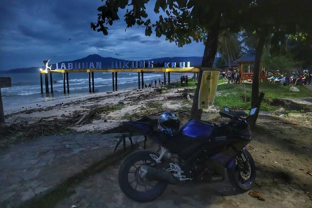 Touring ke Pantai Labuhan Jukung Krui Kabupaten Pesisir Barat Lampung
