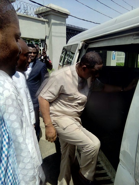 See the Moment Fani Kayode was Arrested by EFCC Operatives in Lagos (Photo)