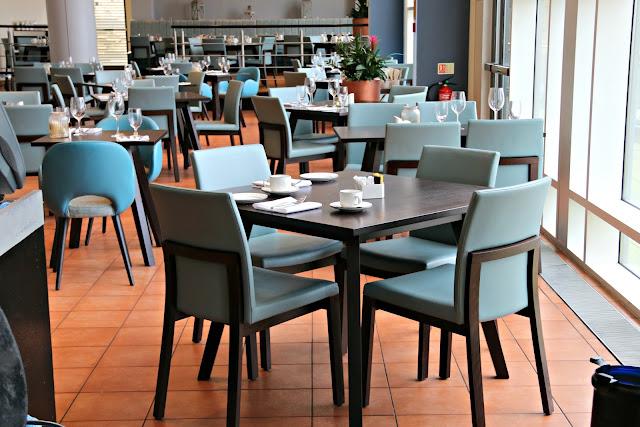 Hilton Newcastle Gateshead Hotel Review & The Windows On The Tyne Restaurant Dairy Free Menu