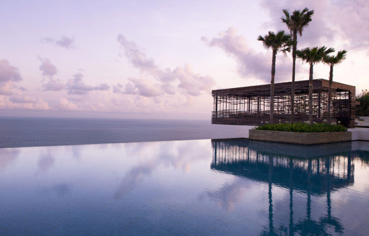 29 Most Amazing Infinity Pools in Pictures - Alila Villas Uluwatu, Bali, Indonesia