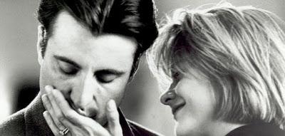 7 φράσεις που λέει ένας άνδρας όταν αγαπάει μια γυναίκα