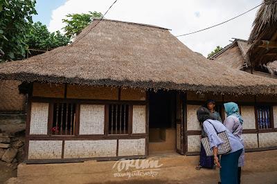 Rumha Dusun Sade, Lombok, Nusa Tenggara Barat