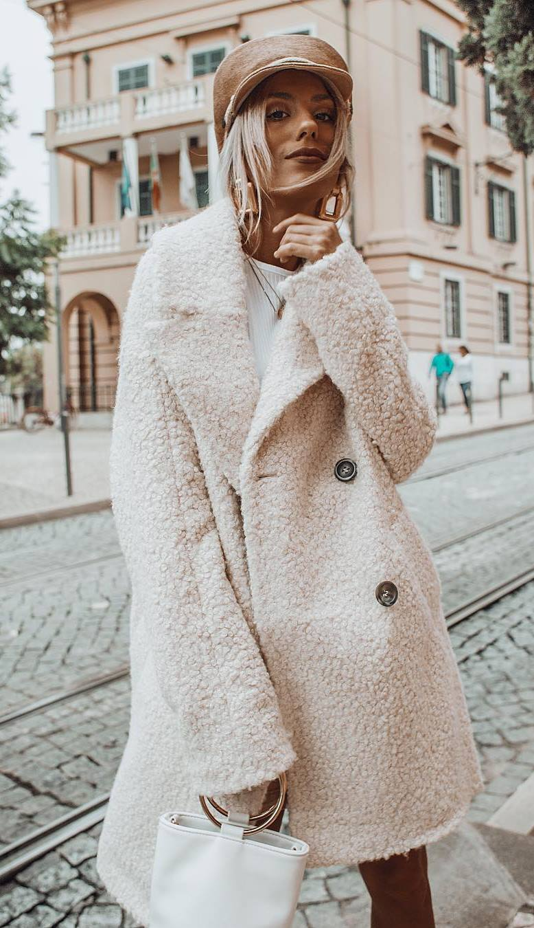 winter outfit idea / nude hat + white coat + sweater + bag