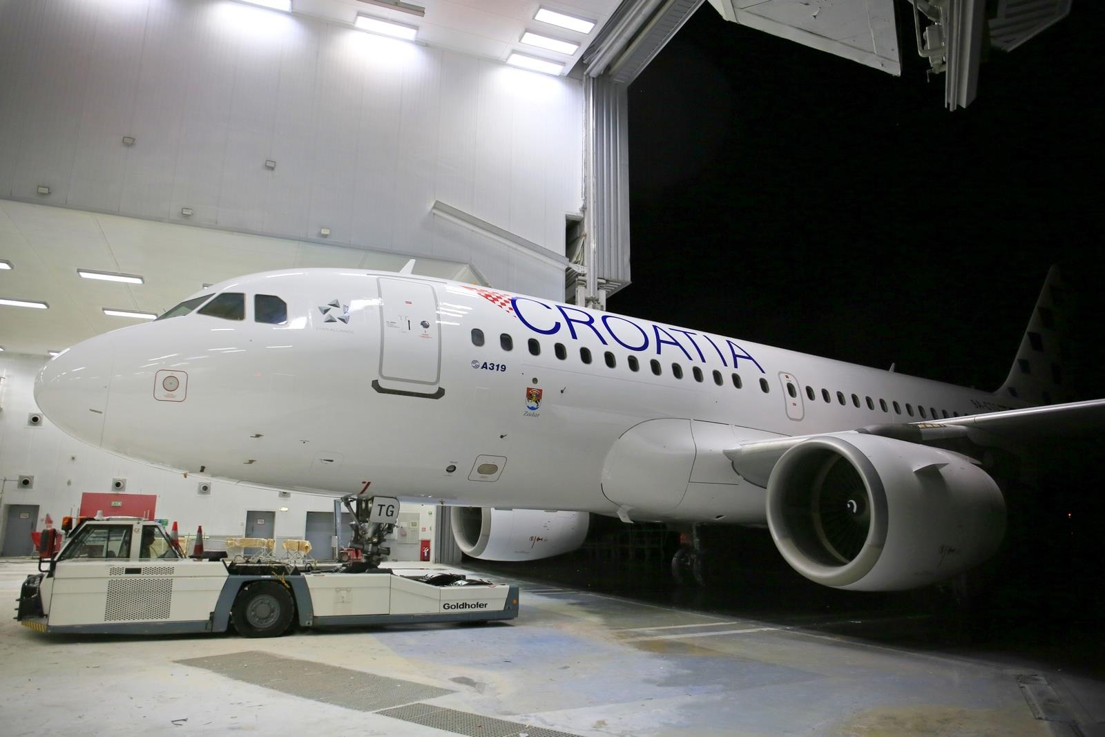 PHOTOS: Croatia Airlines rolls out new livery