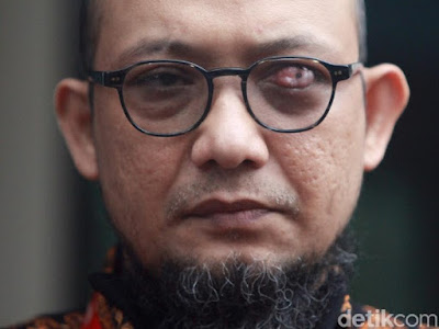 momen novel baswedan sambangi komisi kejaksaan 5 43 Dinonaktifkan Pimpinan KPK, Novel Baswedan dkk Melawan!
