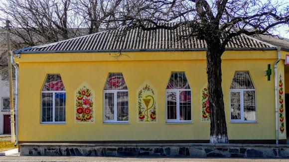Петриковка. Дома, украшенные петриковской росписью