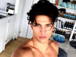 Simone Susinna Instagram