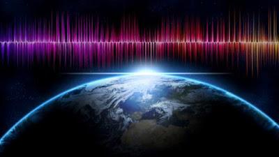 Segnali radio alieni dallo spazio: lampi radio veloci