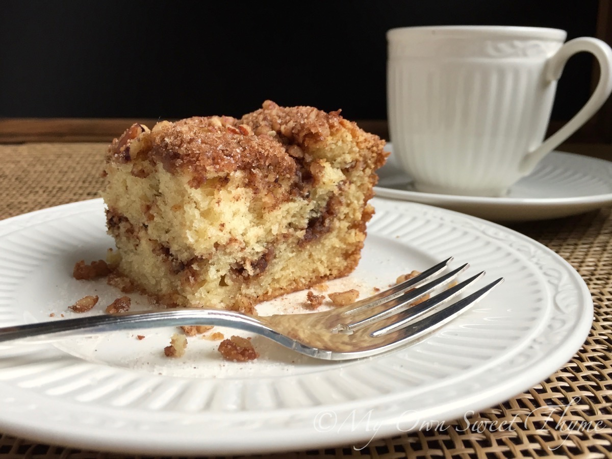 My Own Sweet Thyme: Sour Cream Cinnamon Coffee Cake