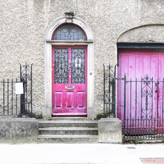 Things to do near Athlone: Purple door in Tullamore
