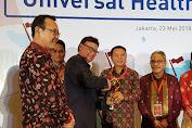 UHC Award 2018 Untuk Bupati Kepulauan Selayar