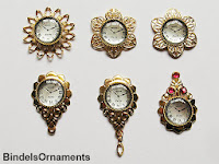 Estes relógios de paredes são feitos com peças para bijuteria