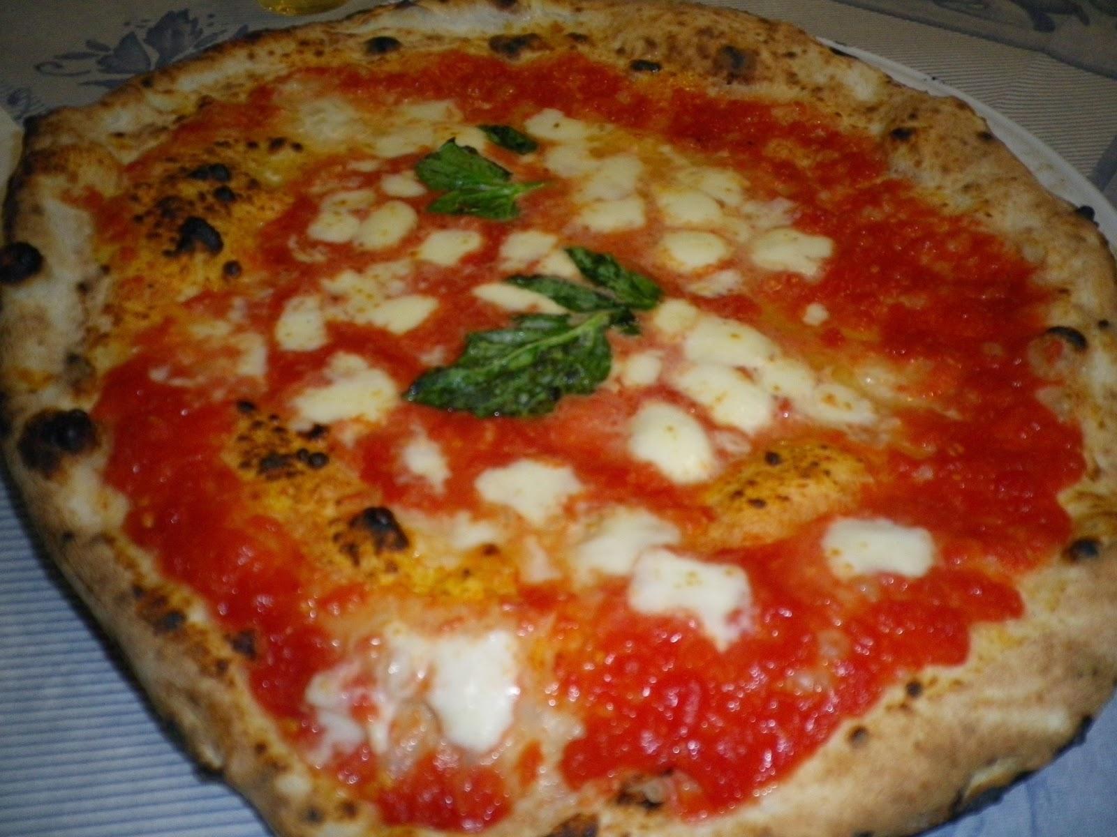 Recetas f ciles de josean mg pizza napolitana hecha en casa - Como hacer pizza en horno de lena ...