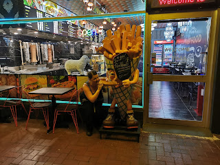 Wodonga Public Art   The BIG Chip Man