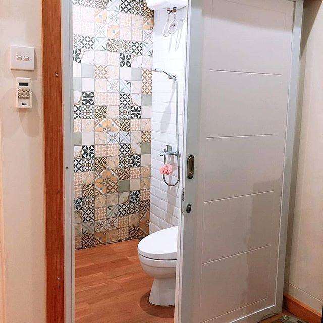 Contoh Kamar Mandi Kecil Unik Model Kamar Mandi Terbaru Rumah