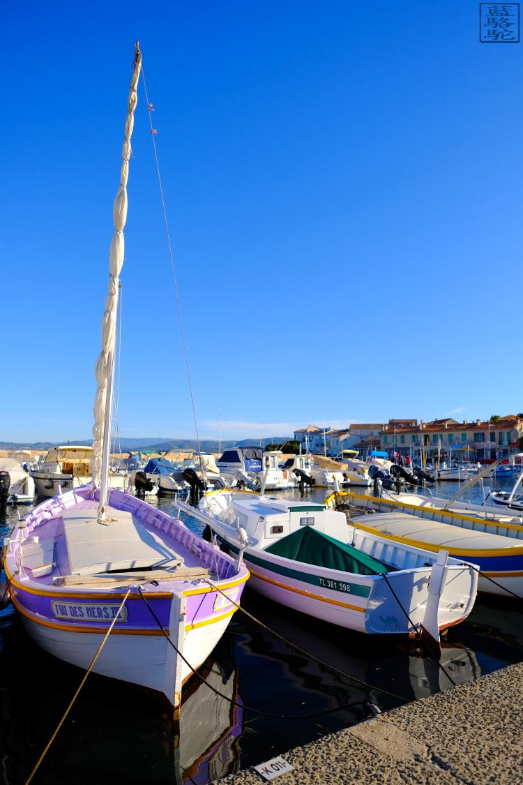 Le Chameau Bleu - Blog Voyage Var Brusc - Escapades dans le Var - les pointus du port du brusc