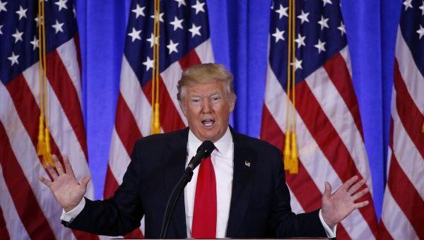 """Donald Trump promete """"seguros para todos"""" en EE.UU."""