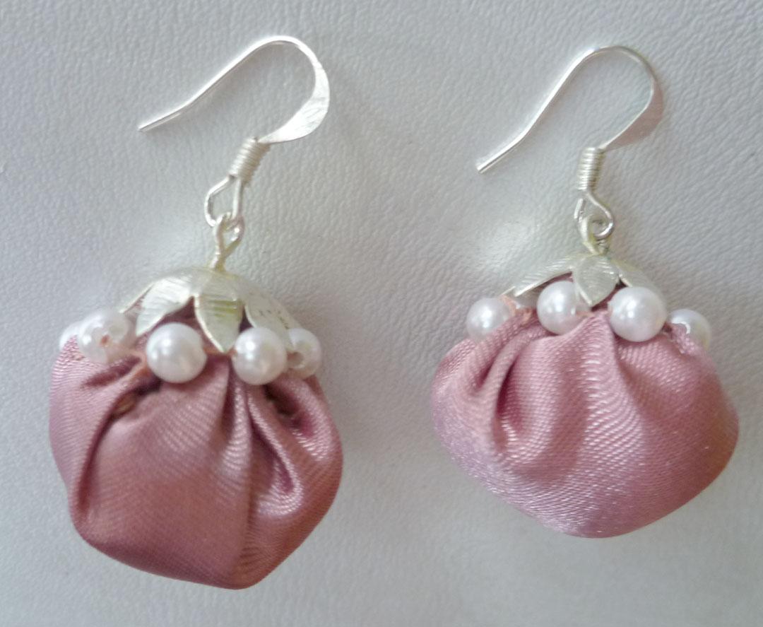 Fabric Jhumka Earrings Tutorial