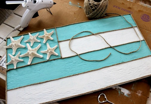 DIY Wood Sign with Starfish