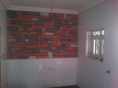 cobble stones done on interior kitchen wall