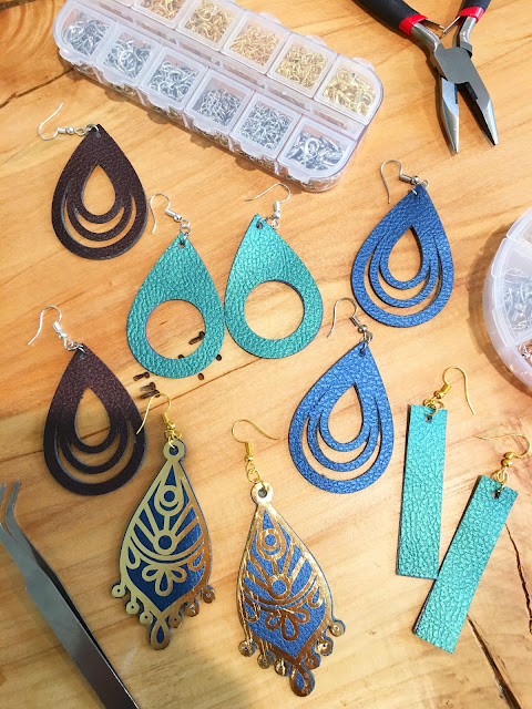 cutting faux leather, faux leather earrings, silhouette faux leather, cut settings, faux leather