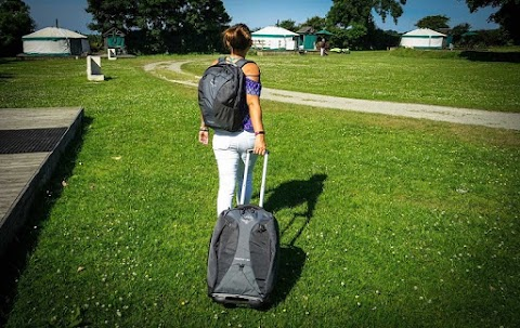 Why Backpacks with Wheels are Convenient Choices