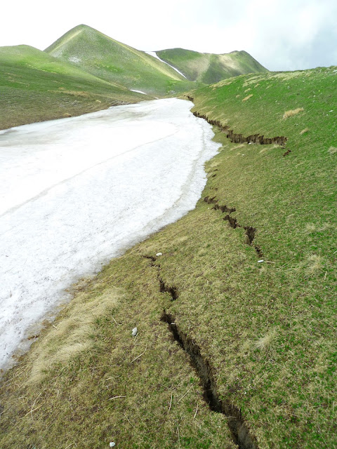 Seemingly dormant geologic fault damaged famous Roman buildings 1,500 years ago