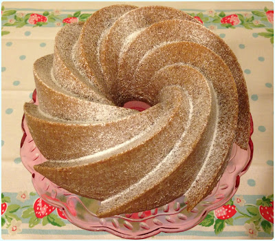 How to Prepare a Bundt Tin