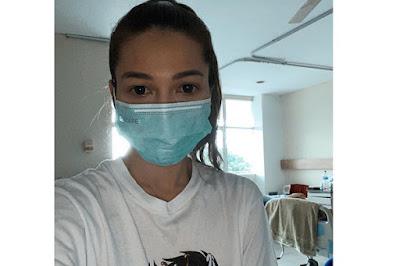 Permalink to Positif Corona, Andrea Dian: Aku Beruntung Tapi Pasien Lain Tidur di Kontainer!