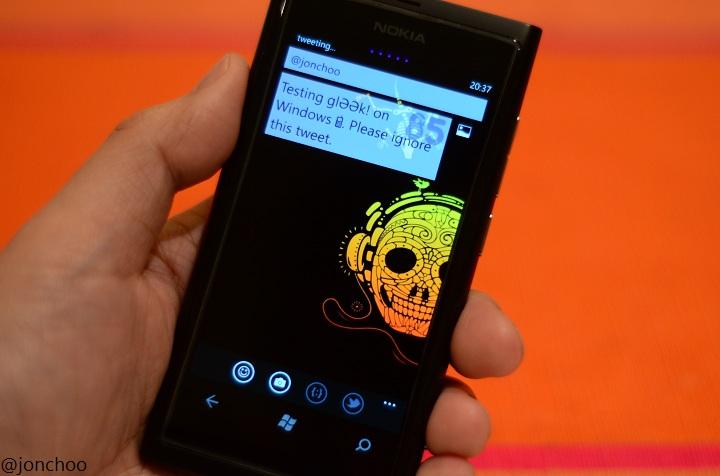 jonchoo: glƏƏk! Twitter Client for Windows Phone 7 review
